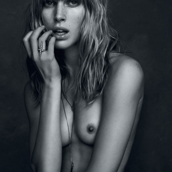 fashion-photography-Iselin-Steiro-Hasse-Nielsen-3-550x550.jpg