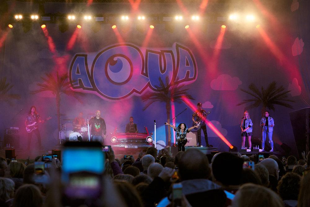 Aqua-1.jpg