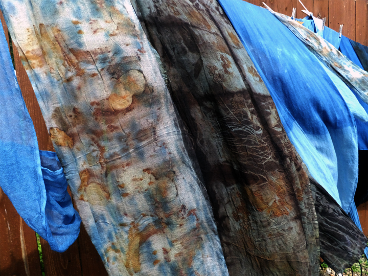 The  eco printed scarf on the left was dipped in indigo BEFORE eco printing, the darker scarf on the right was indigo-dipped AFTER eco printing.