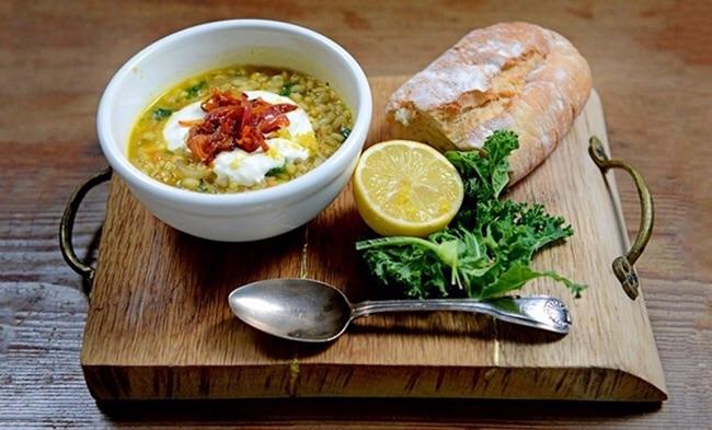 Kale, Barley and Cumin soup (37p)