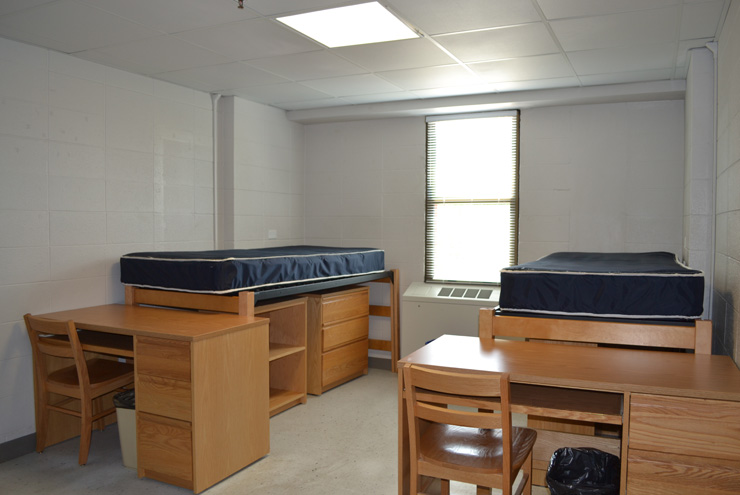Top 10 tricks for organizing your dorm room abell organizing - Dorm underbed storage ideas ...