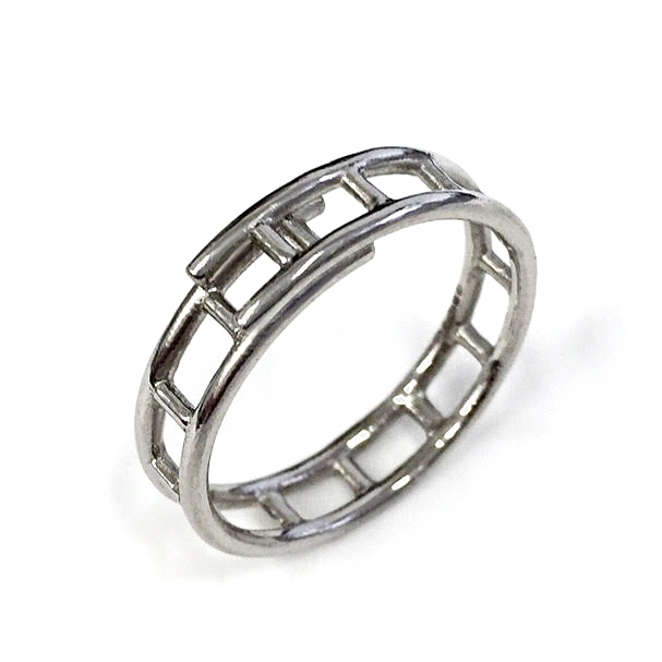 ladder ring platinum.jpg