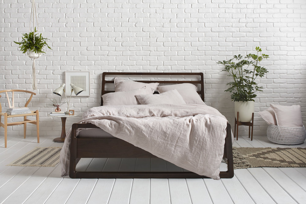 Parachute-Blush-Linen-Bedding.jpg