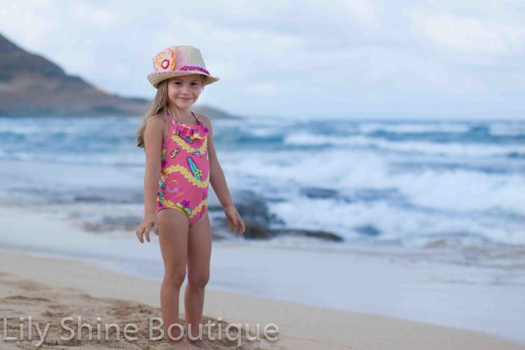Cassie wrote an excellent review of the Waikiki Swimsuit! Click here!