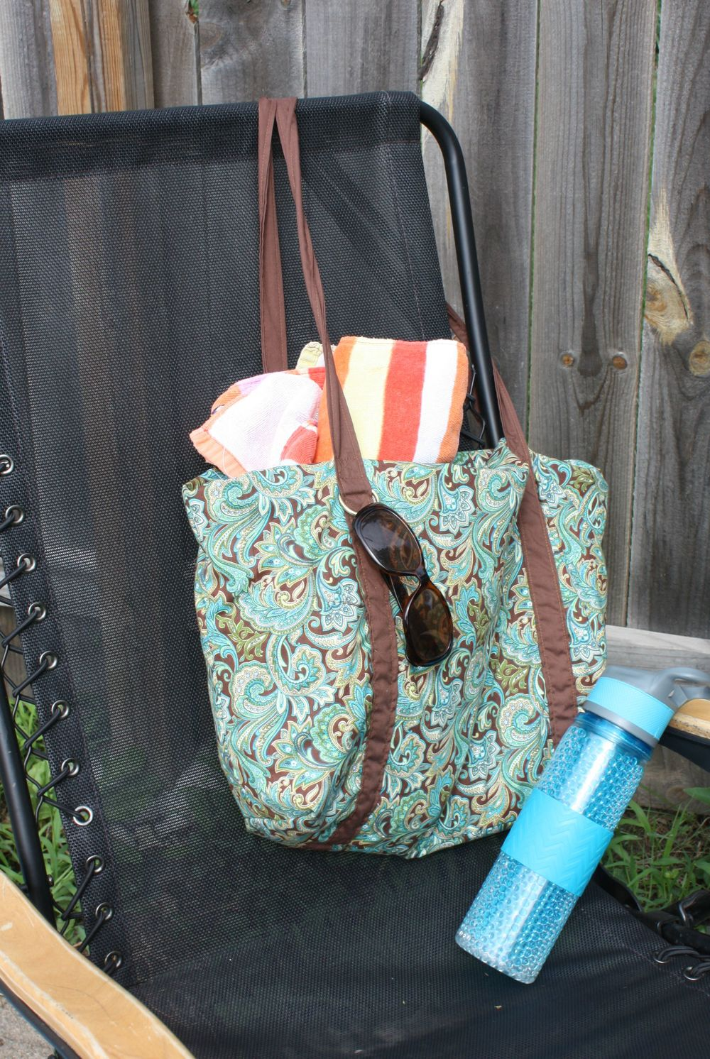 Motherload tote by Cozynest- Pattern Revolution