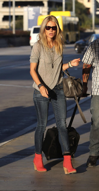 Gwyneth-Paltrow-R13-Skinny-Jeans-Blue-1.jpg