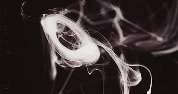 Donald__Sultan_Smoke_Rings__October_20_2006_ed_of_75_4339_12-570x300.jpg