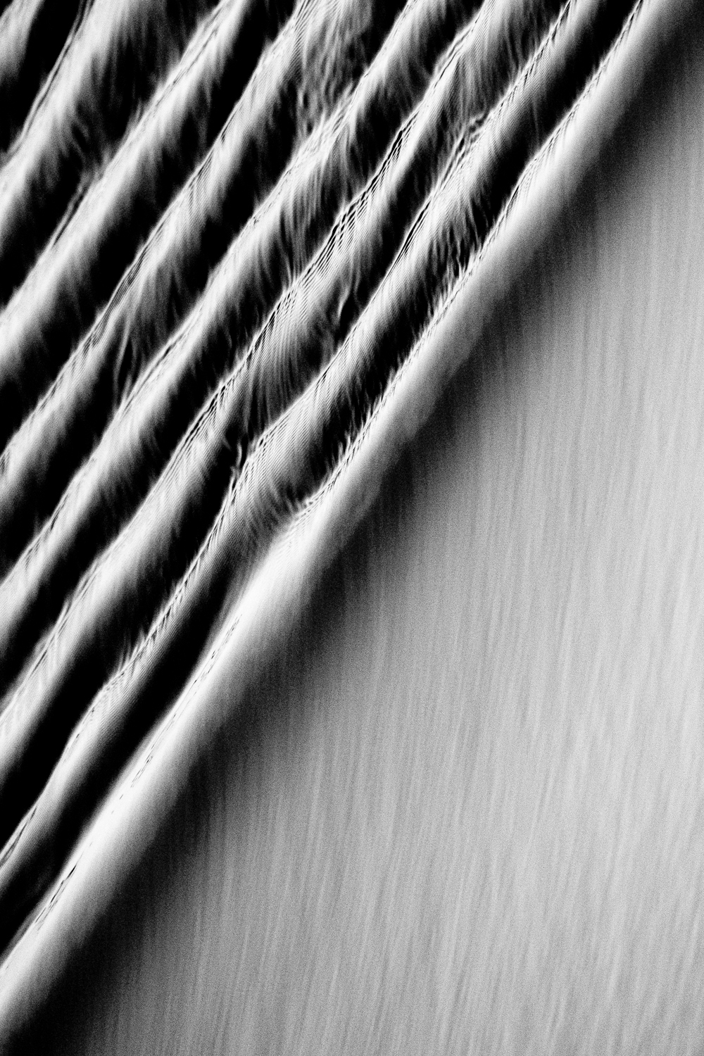 soft water abstract water flow flowing black and white photography minimalism 4.jpg