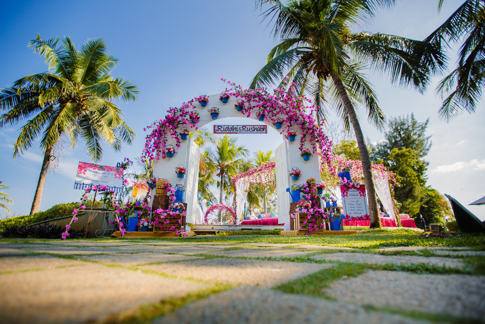 RushabhRiddhi_DestinationWedding_TempleBay_Mahabalipuram_001.jpg