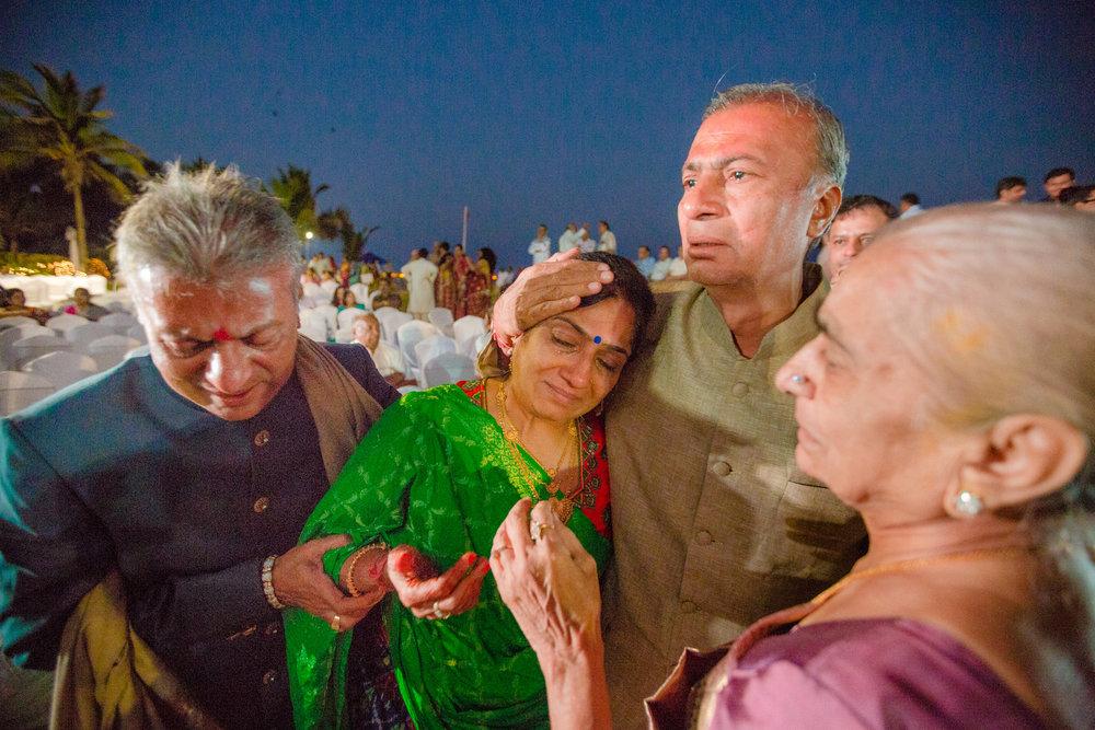 RushabhRiddhi_DestinationWedding_TempleBay_Mahabalipuram_110.jpg