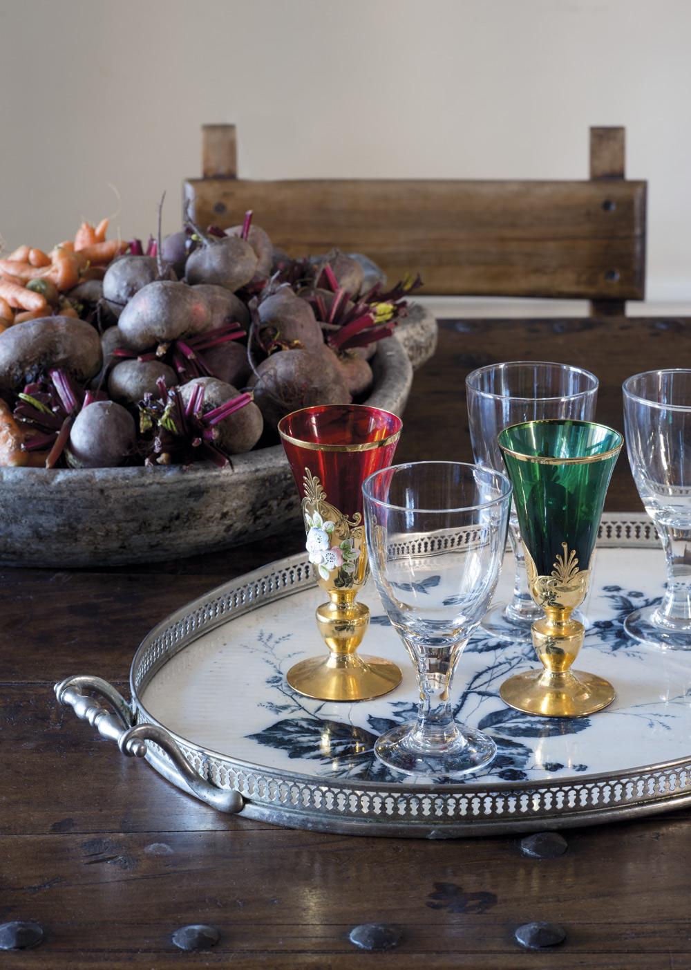 GLASMIX. Antika glas blandat med Ikea-glas.