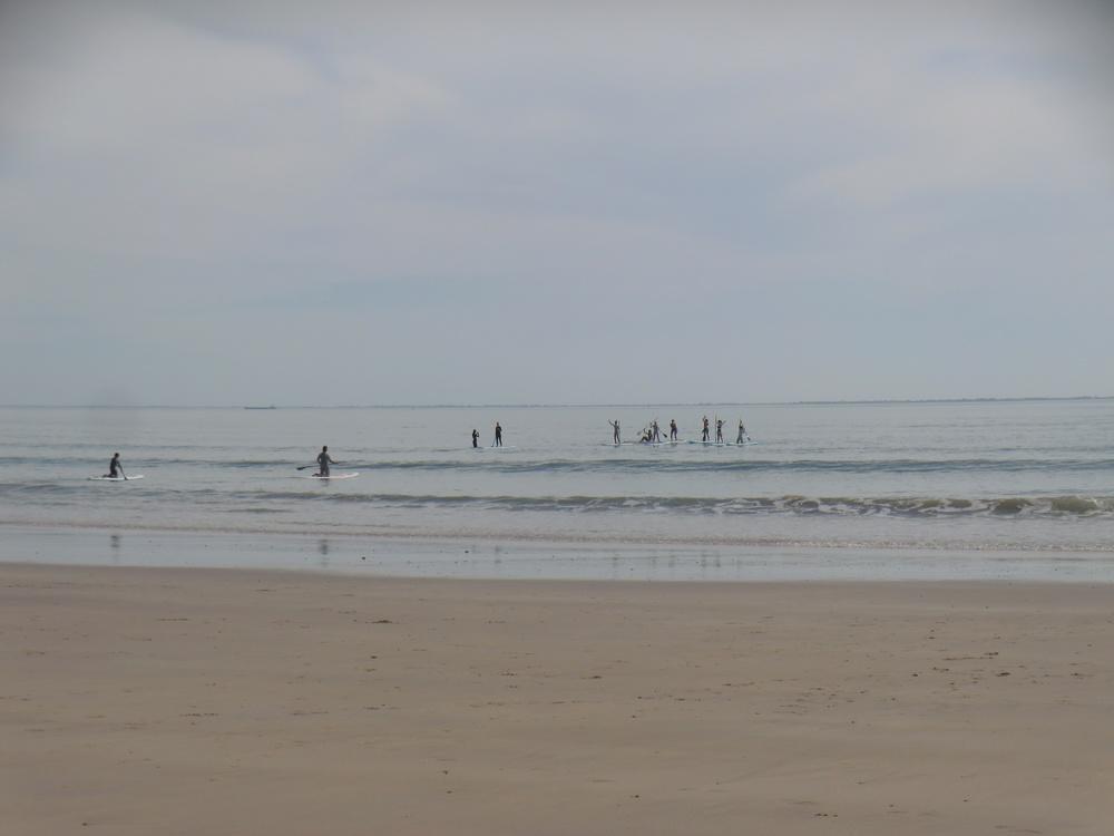 Vagues parfaites pour l'initiation au Bois plage en Ré