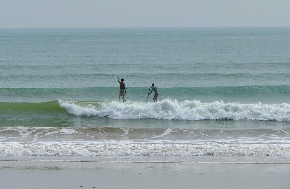 Cours de perfectionnement dans les vagues