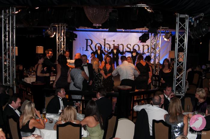 Robinsons-2013-fashion-show-pics-17.jpg