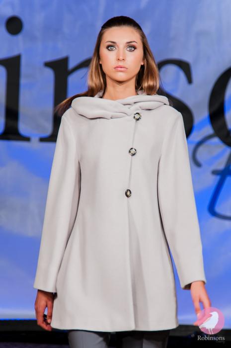 Robinsons-2013-fashion-show-pics-61.jpg