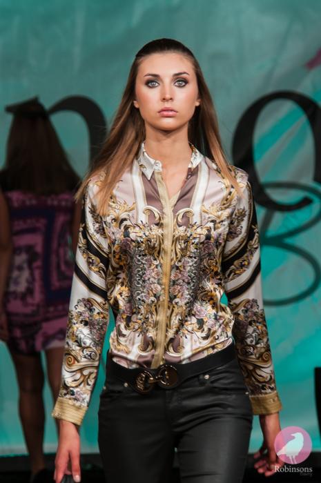 Robinsons-2013-fashion-show-pics-63.jpg