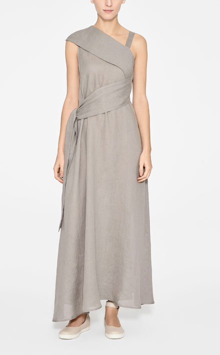 5007cbff242b The Sarah Pacini Linen Maxi Dress is one of our favourite new arrivals for  spring summer 2017. With these failsafe outfit upgrades, it's set to become  one ...