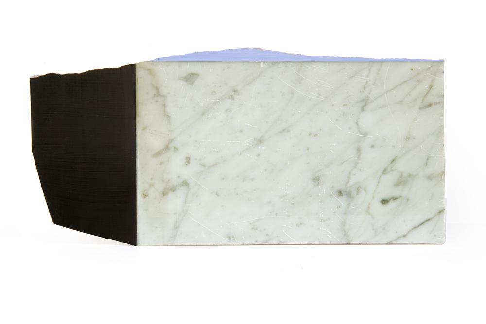 marmol 36, 44 x 20 cms