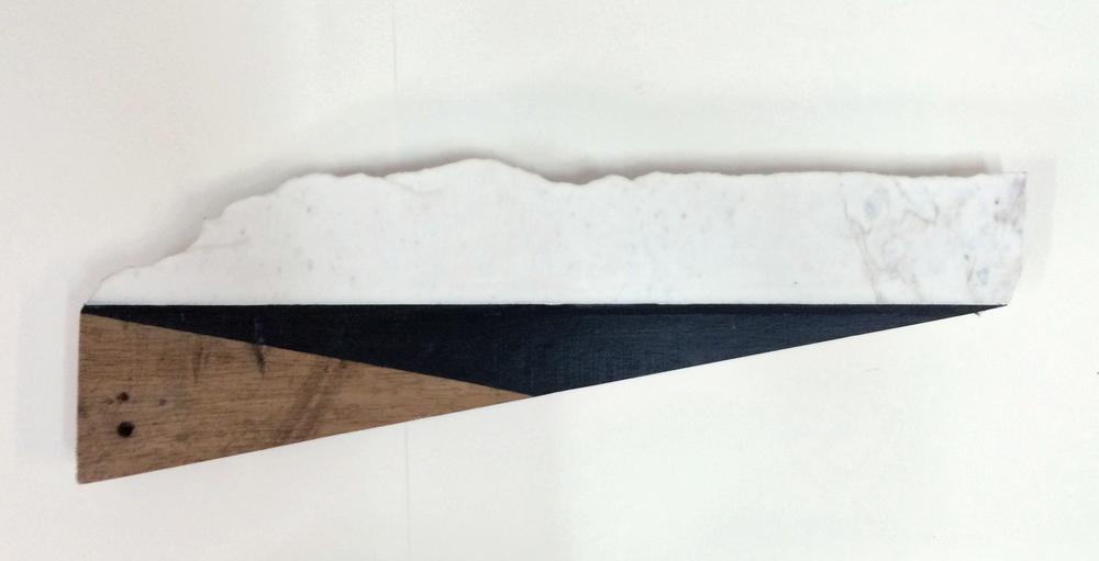 resistance 2, 25 x 74 cms, óleo sobre marmol y ensamblaje en madera