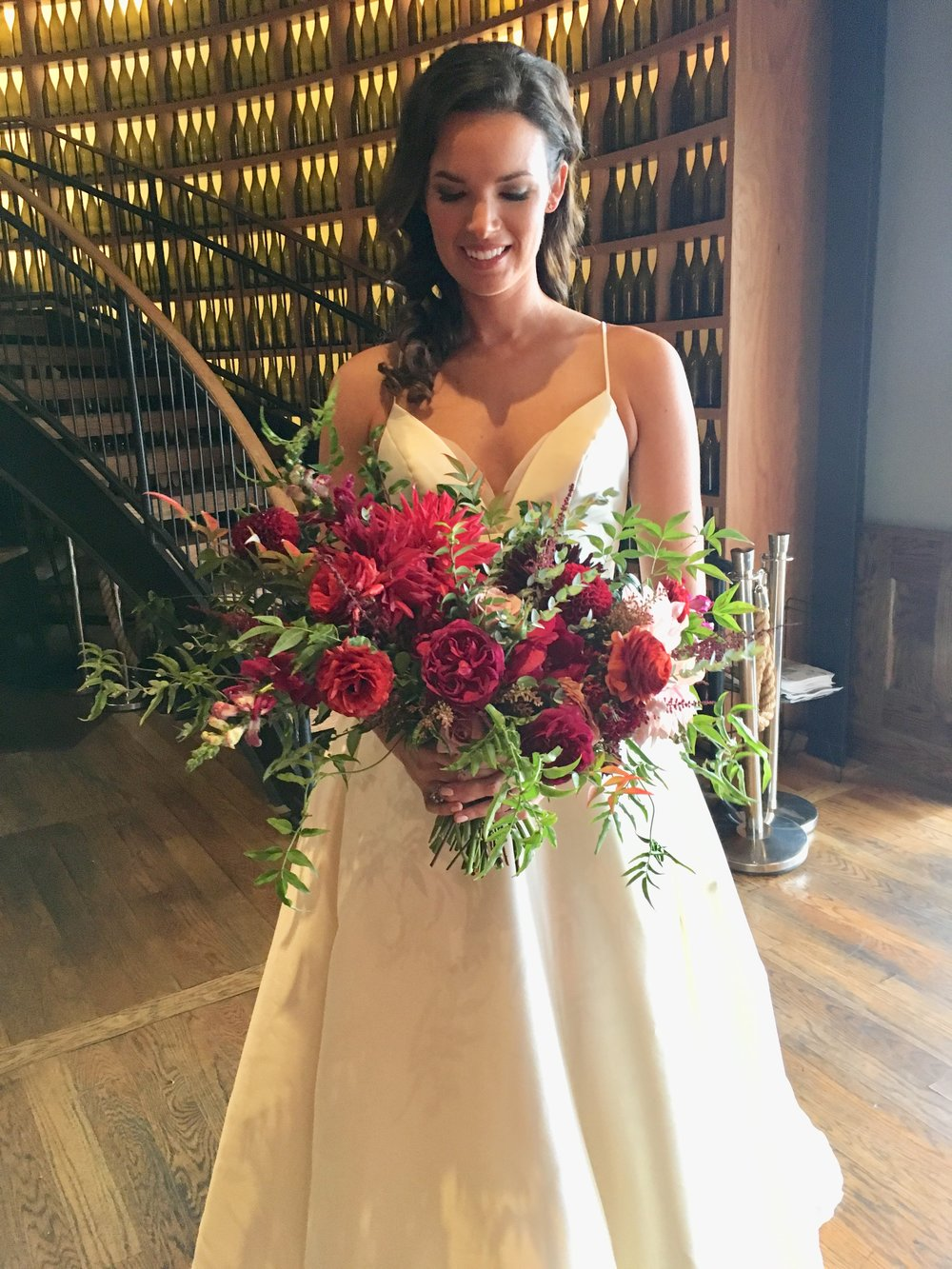 KELLY AND TUCKER MARRIED AT CITY WINERY NASHVILLE TN AND WHAT A BEAUTIFUL BOUQUET.