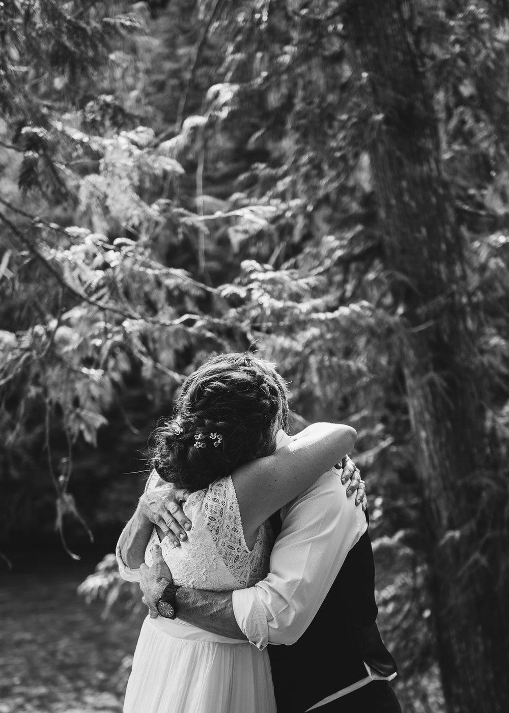 Backyard Wedding-26.jpg