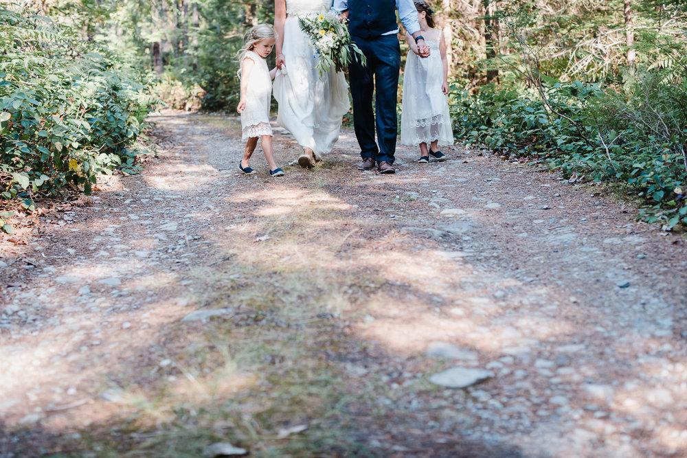Backyard Wedding-41.jpg
