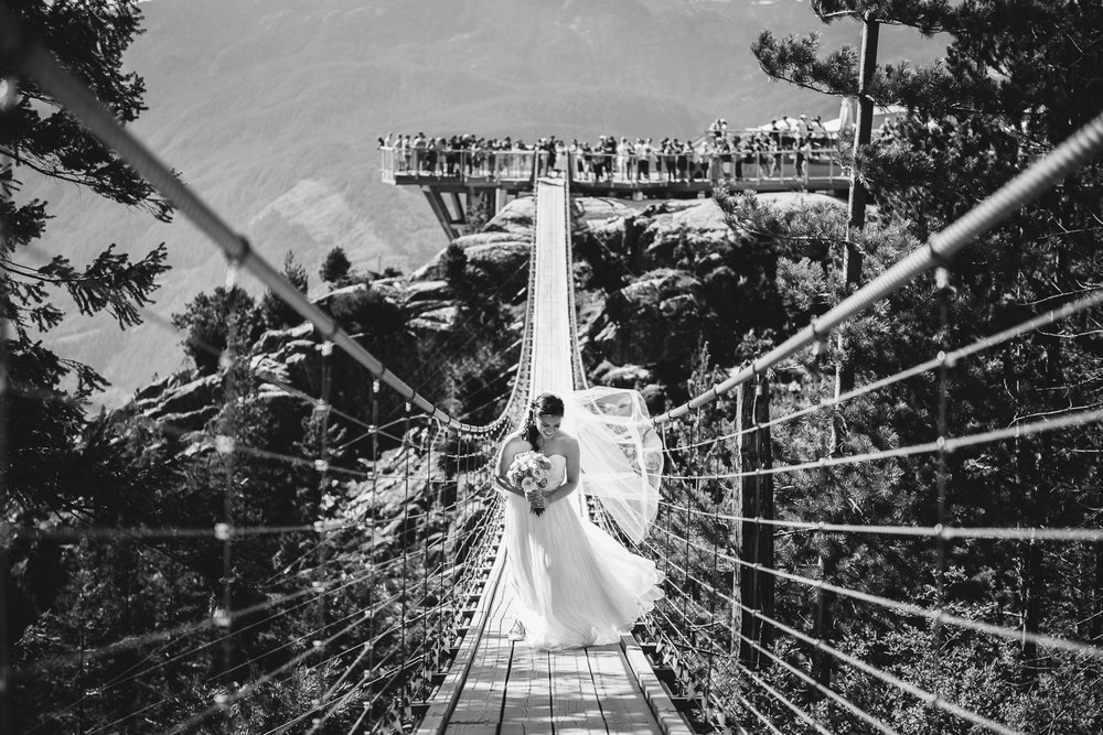 Sea to Sky Gondola Wedding-31.jpg