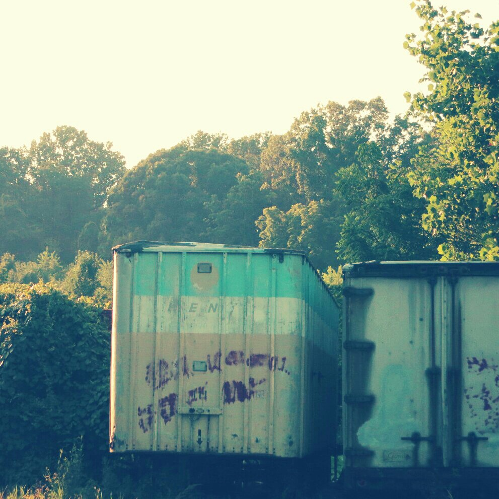 trailers left to rust