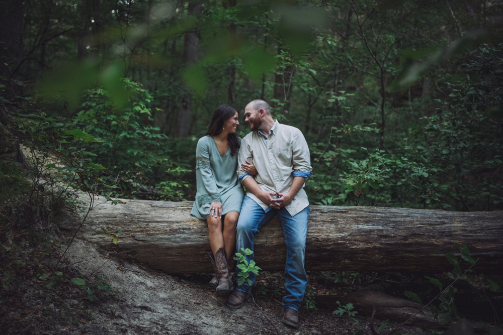 outdoorsy-engagement-photos_1094.jpg