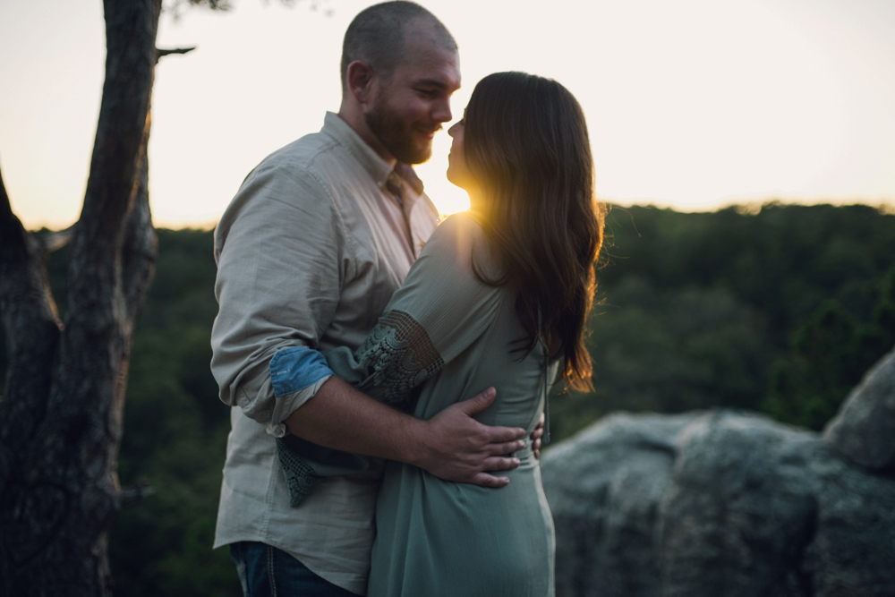 outdoorsy-engagement-photos_1104.jpg