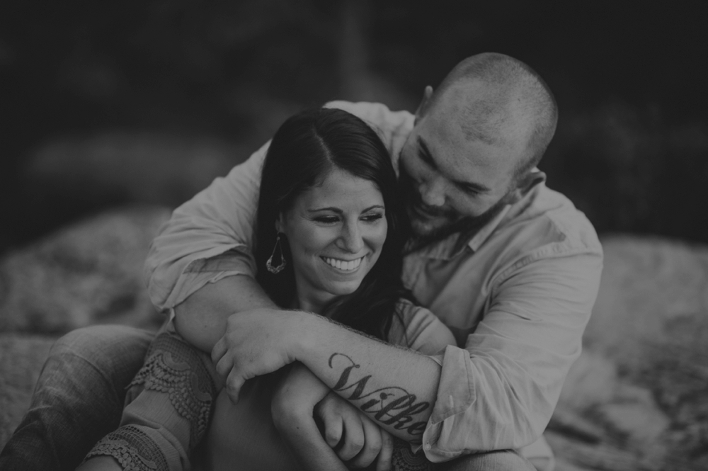 outdoorsy-engagement-photos_1108.jpg