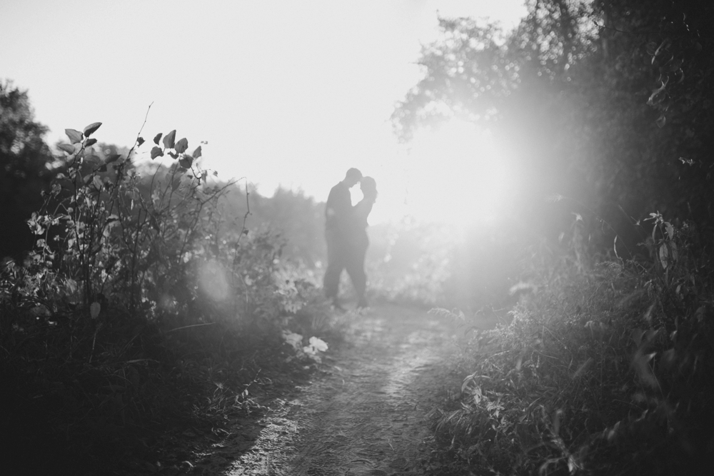 Castlewood-scenic-engagement-photos_1284.jpg