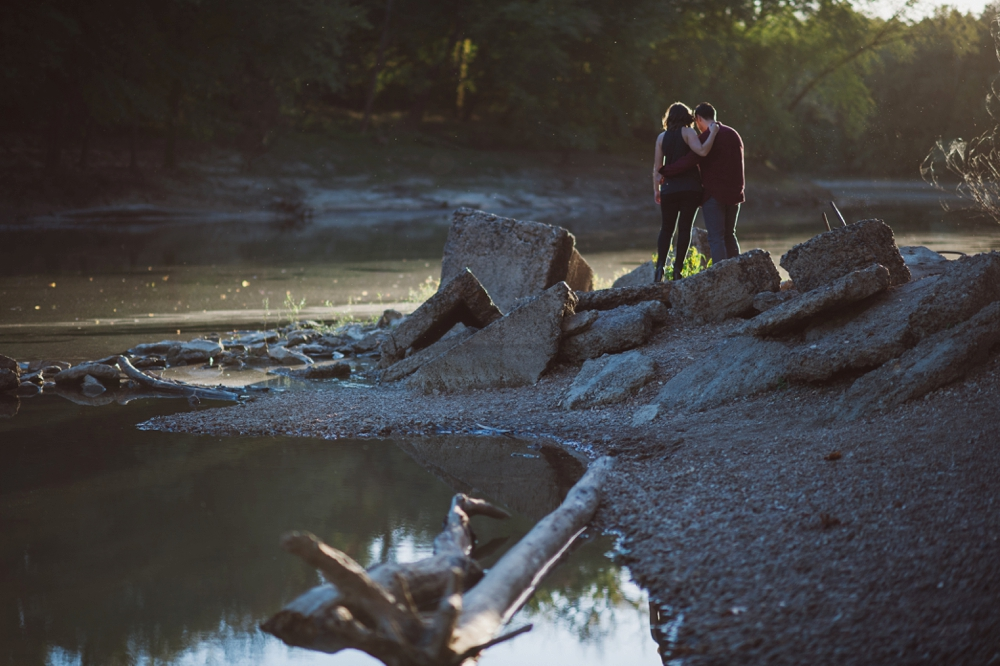 Castlewood-scenic-engagement-photos_1285.jpg