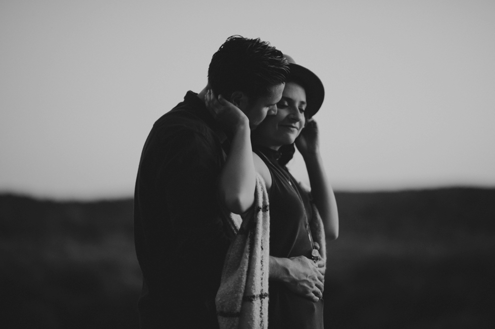 Castlewood-scenic-engagement-photos_1295.jpg
