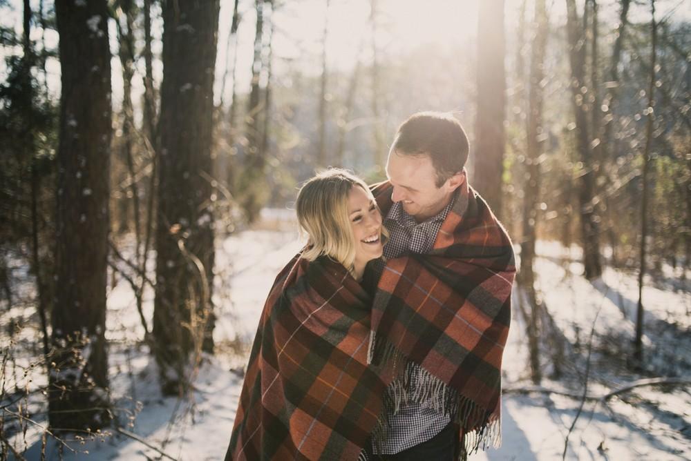 snowy-engagement-photos_0404.jpg