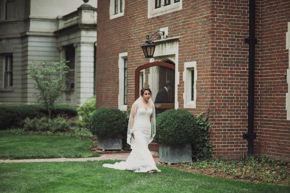 St-Louis-backyard-wedding-photos_0897.jpg
