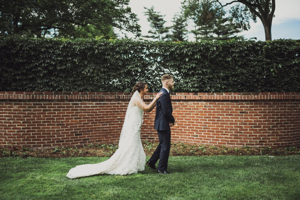 St-Louis-backyard-wedding-photos_0900.jpg