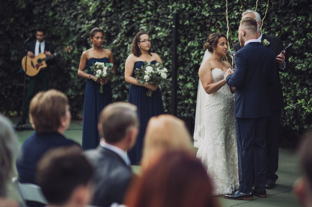 St-Louis-backyard-wedding-photos_0923.jpg