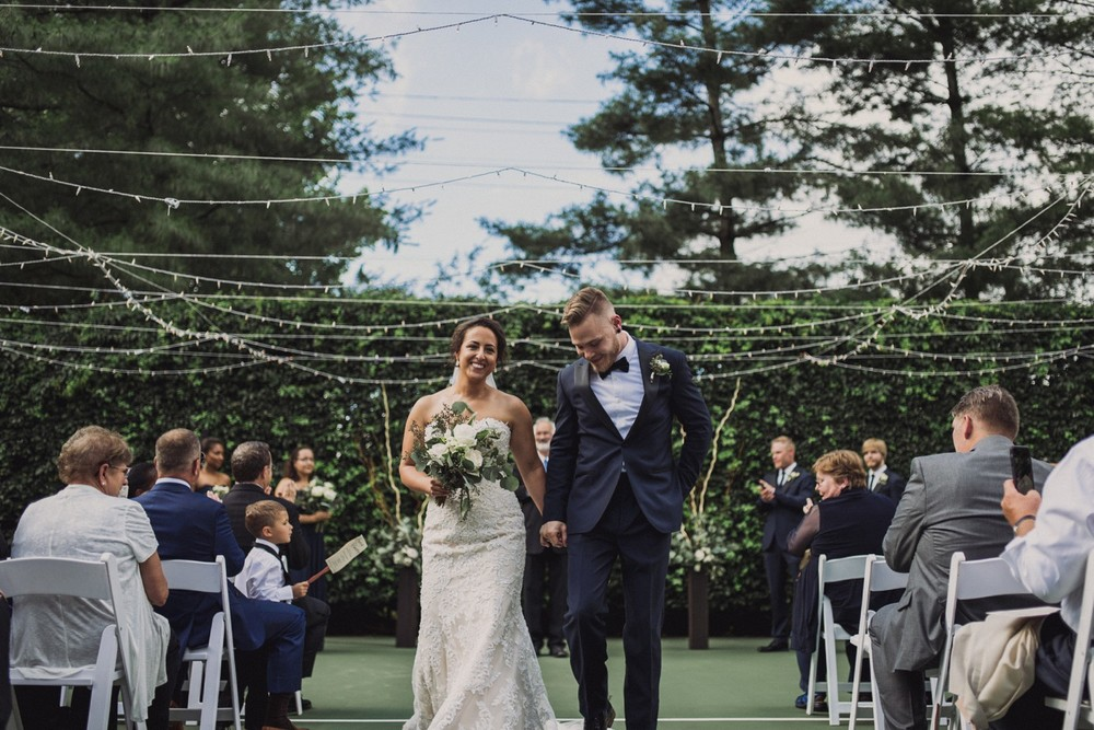 St-Louis-backyard-wedding-photos_0926.jpg