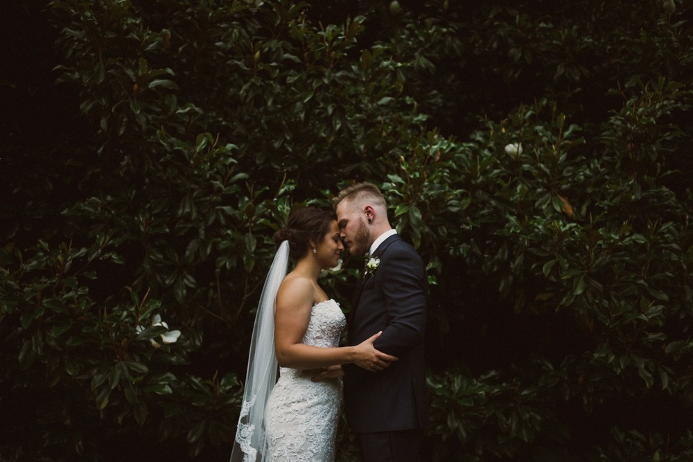 St-Louis-backyard-wedding-photos_0930.jpg