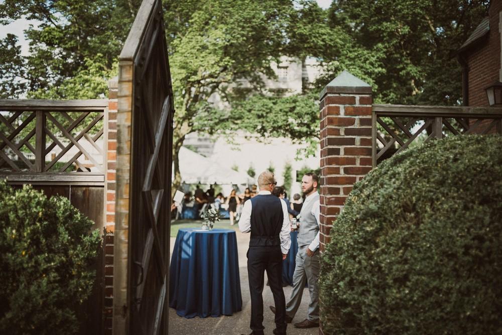 St-Louis-backyard-wedding-photos_0944.jpg