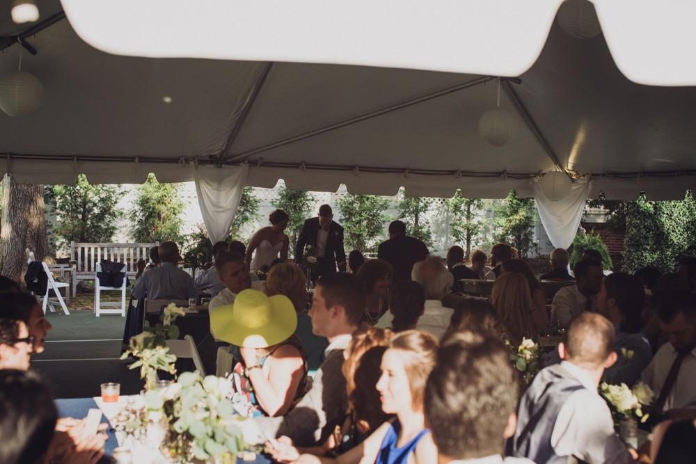 St-Louis-backyard-wedding-photos_0947.jpg