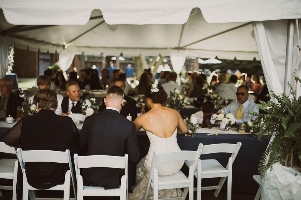 St-Louis-backyard-wedding-photos_0953.jpg