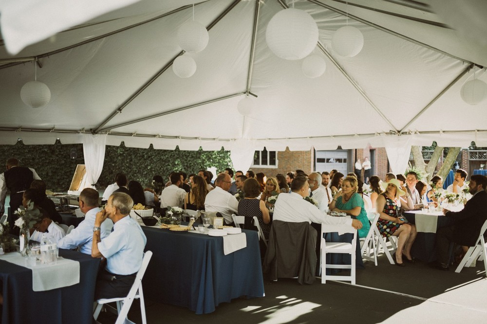 St-Louis-backyard-wedding-photos_0954.jpg