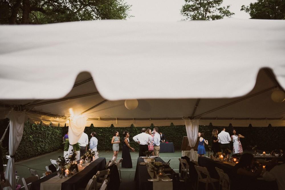 St-Louis-backyard-wedding-photos_0987.jpg