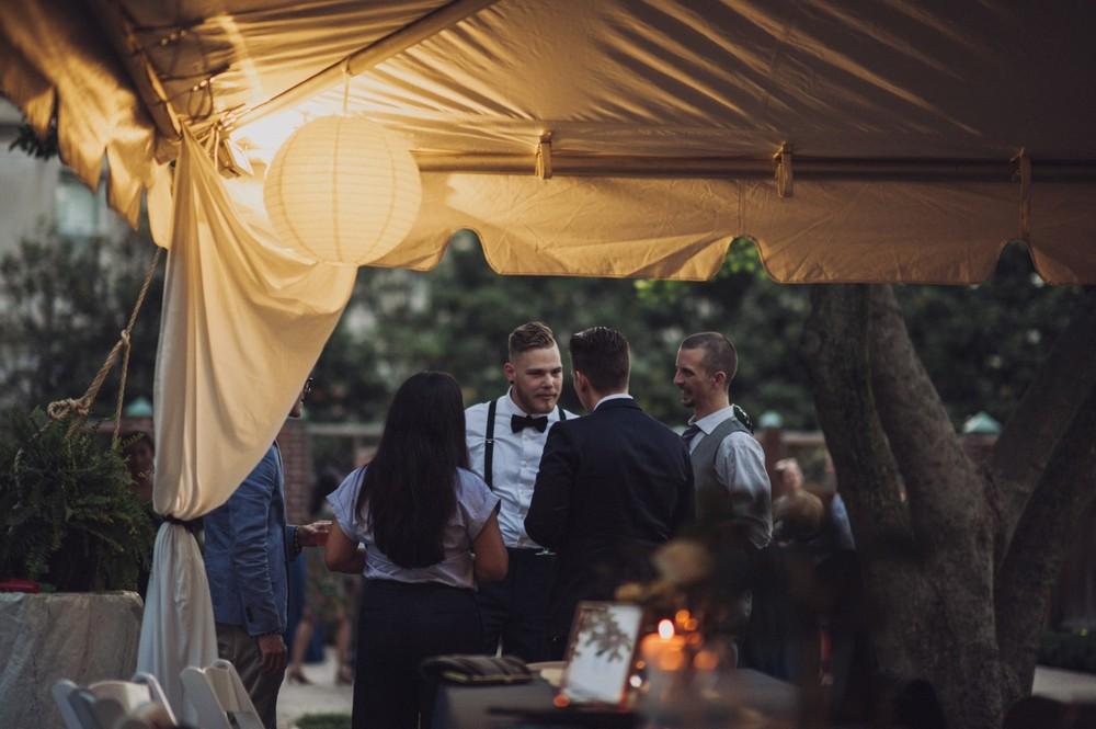 St-Louis-backyard-wedding-photos_0988.jpg