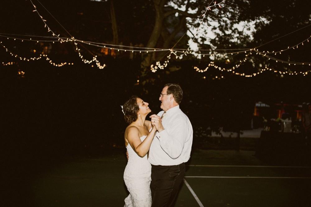 St-Louis-backyard-wedding-photos_0989.jpg