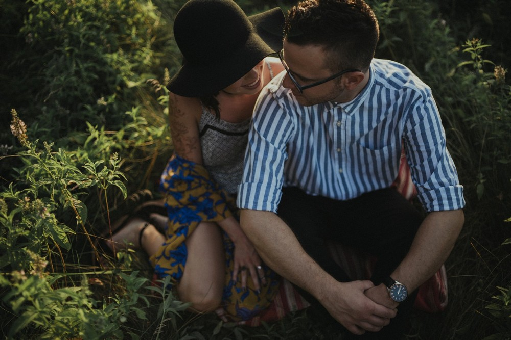 intimate-river-engagement-photos_1169.jpg
