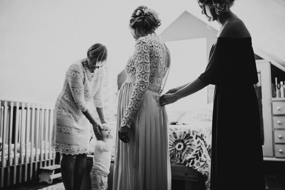 Farm-wedding-at-Mortons-Grove-St-Louis-25.jpg