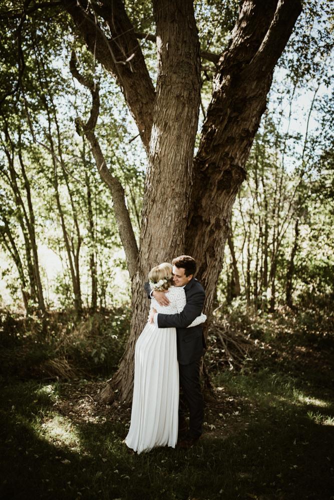 Farm-wedding-at-Mortons-Grove-St-Louis-48.jpg